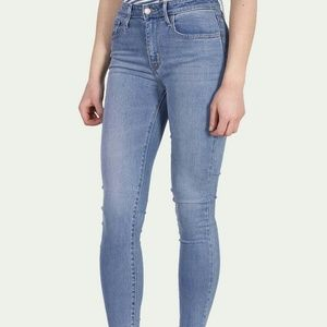 NWT LEVIS 721 High Rise Skinny Jeans Size 28